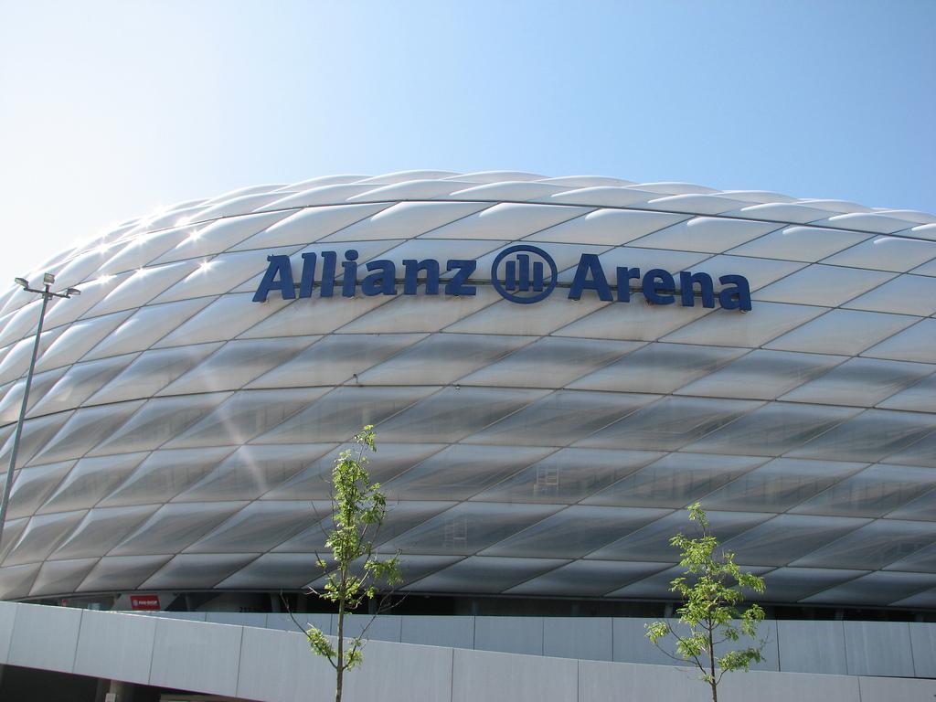 leil.de/di/pics/allianz_arena_2011.jpg