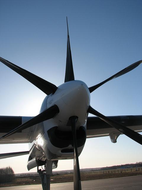 leil.de/di/pics/propellerFlugzeug12.jpg